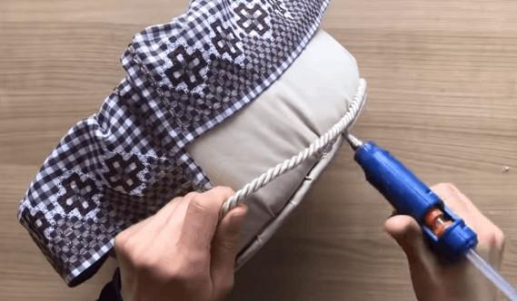 Неординарный подход к использованию сломанного ведра