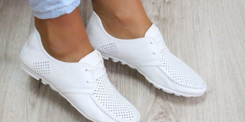 Чистим белую обувь быстро и просто