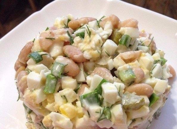 Питательный белковый салатик с фасолью!