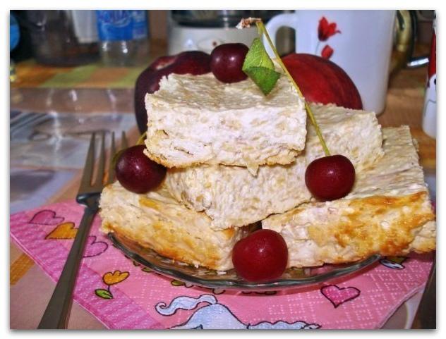 Диетическая творожная запеканка с яблоками, без муки и сахара!