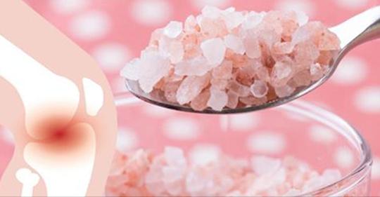 Вот, как 1/4 чайной ложки гималайской соли может избавить от боли в мышцах, токсинов и жира в области живота