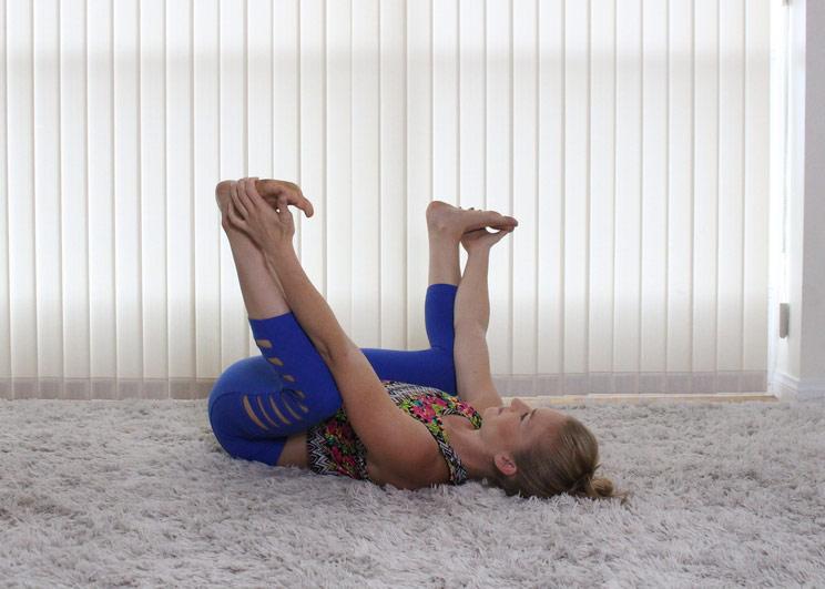 9 скручиваний-растяжек, которые помогут при острой боли в пояснице